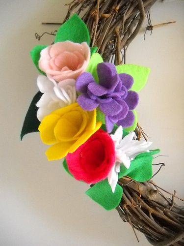 Spring Felt Flower Wreath Tutorial by 3 Four and Under, via Flickr