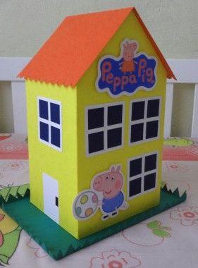 Pin de Marie Ubillus en fiesta Gissel  Peppa pig Peppa pig house y Pig birthday