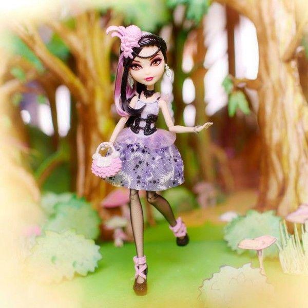 ToyzMag.com » Duchesse Swan la nouvelle poupée Ever After High