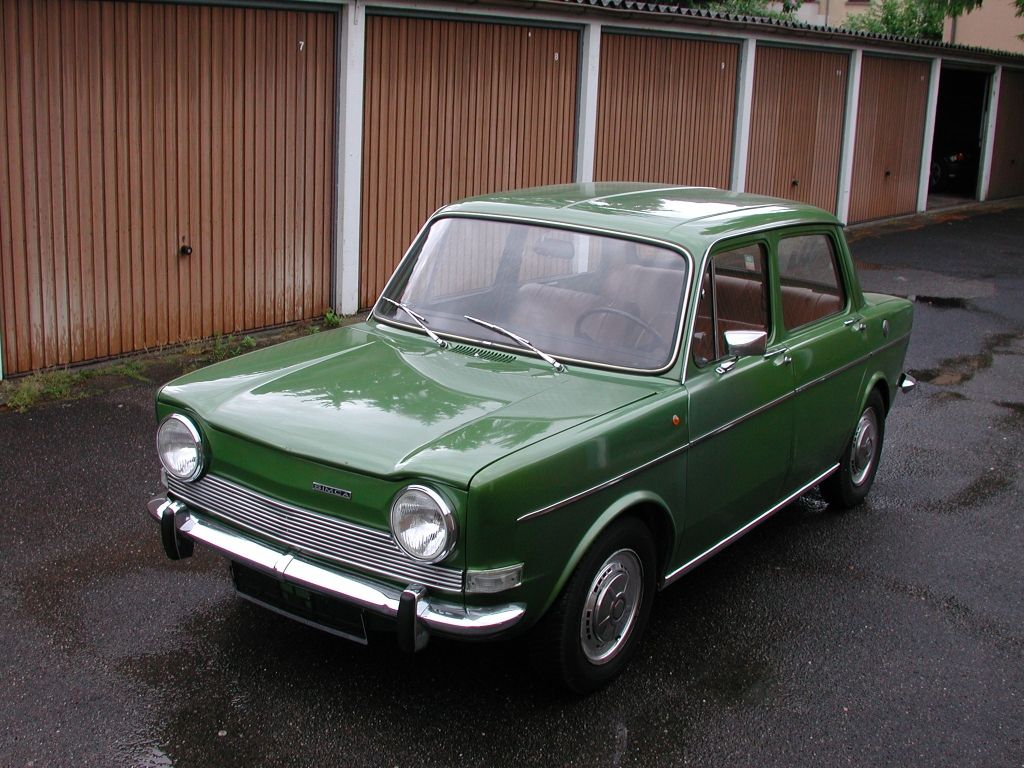 simca 1000 mon grand p re en avait une bleu marine my first car voiture voiture francaise. Black Bedroom Furniture Sets. Home Design Ideas