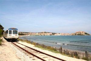 train_plage_calvi_2.jpg