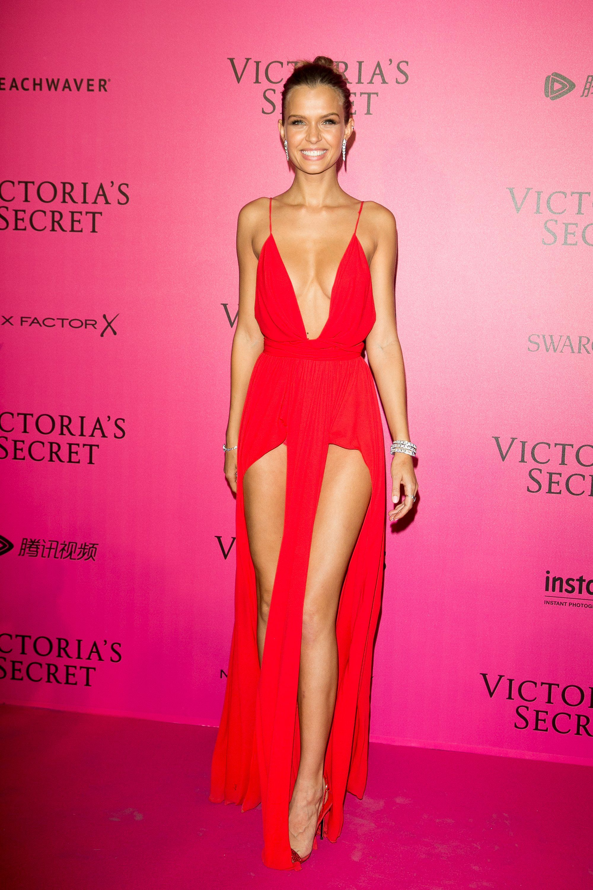 Josephine Skriver Victoria S Secret Fashion Show Paris