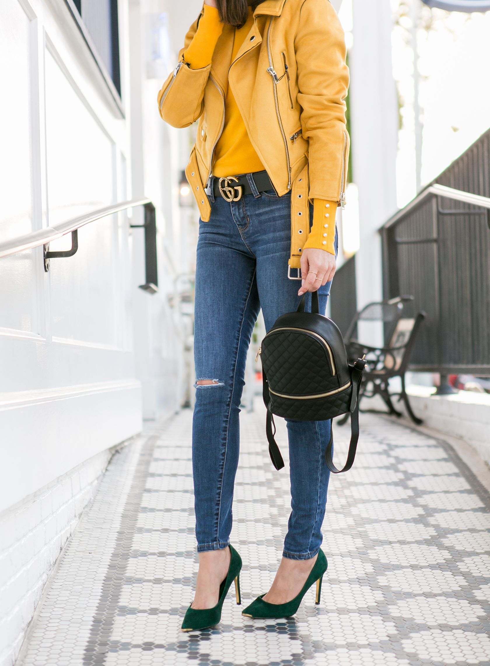 4ec507db43d Sydne Style wears Gucci snake belt for fall outfit ideas with denim  yellow   denim  jeans  gucci