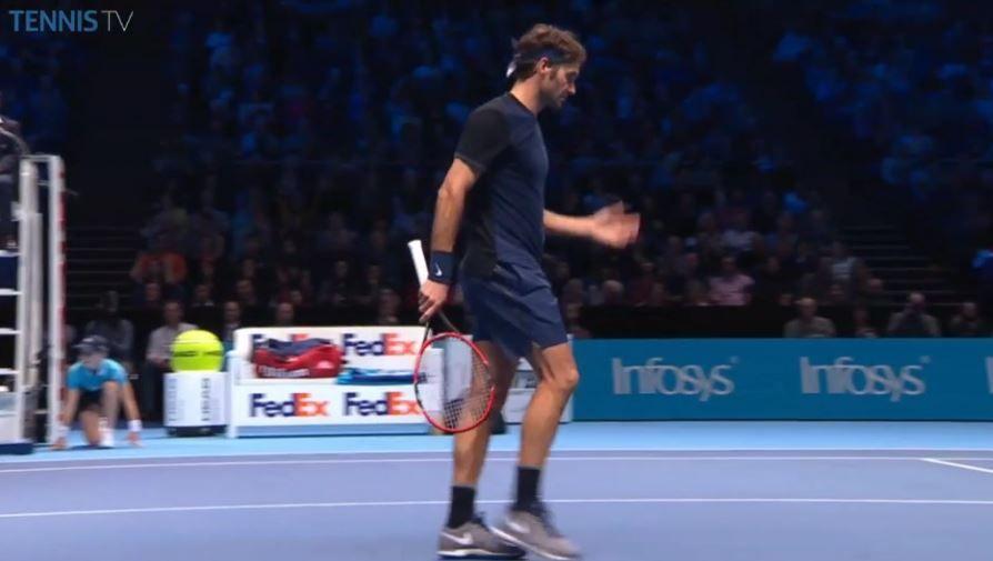 Even Roger Federer Messes Up