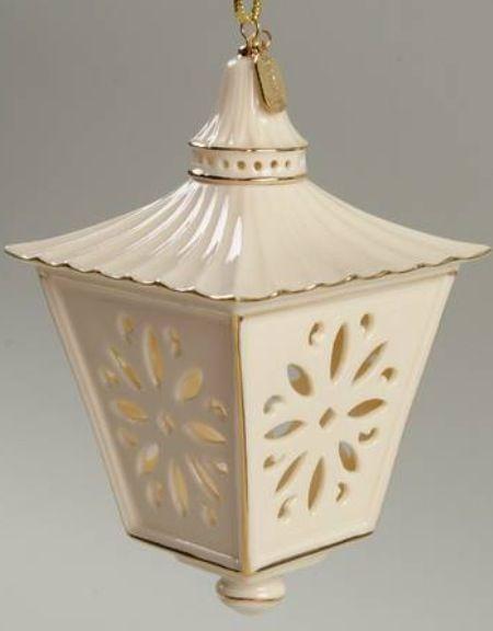 Lenox annual 2000 lantern ornament