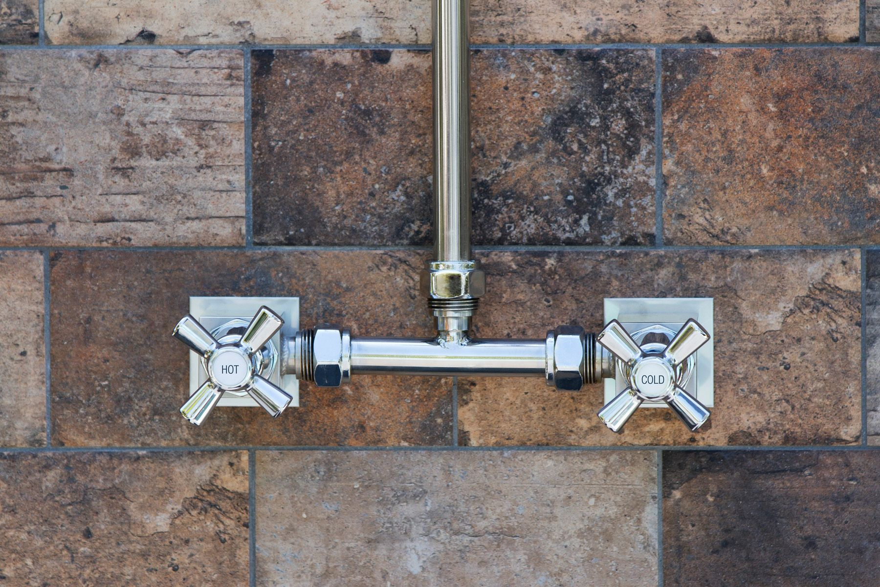 Bribie 2003 - With Chrome Brass tapware this hot and cold shower is ideal for use with double screwed outlets.  It also features adjustable height and width for easy installation. Simply one of the best outdoor showers for your pool area from Rainware.