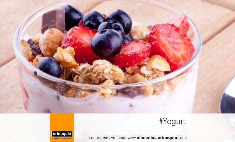 #Yogurt con cereal: agrega un poco de #miel, #nueces y #frutas, y tendrás suficiente energía para comenzar el día.