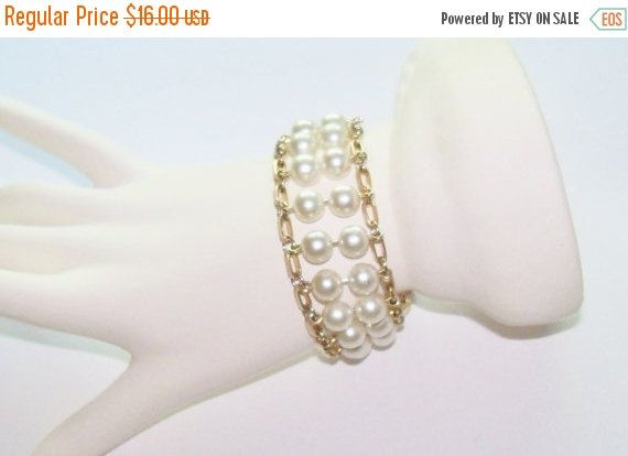 Vintage Pearl Bracelet Gold Tone Setting Sarah Coventry Wedding Jewelry Jewellry Bridal Party Prom Gift