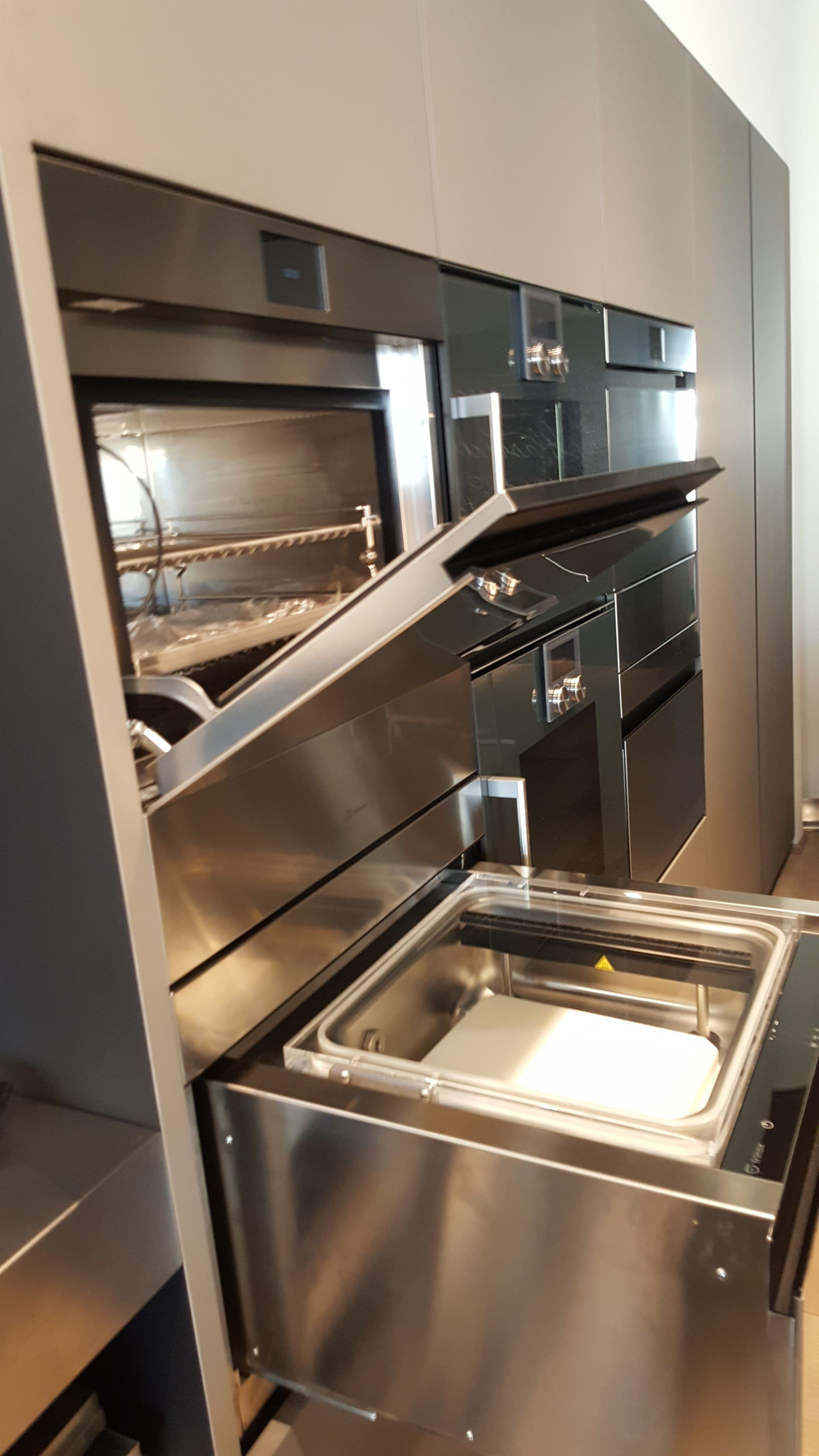 Fresco Blast Freezer/Chiller and Vacuum Sealer for the