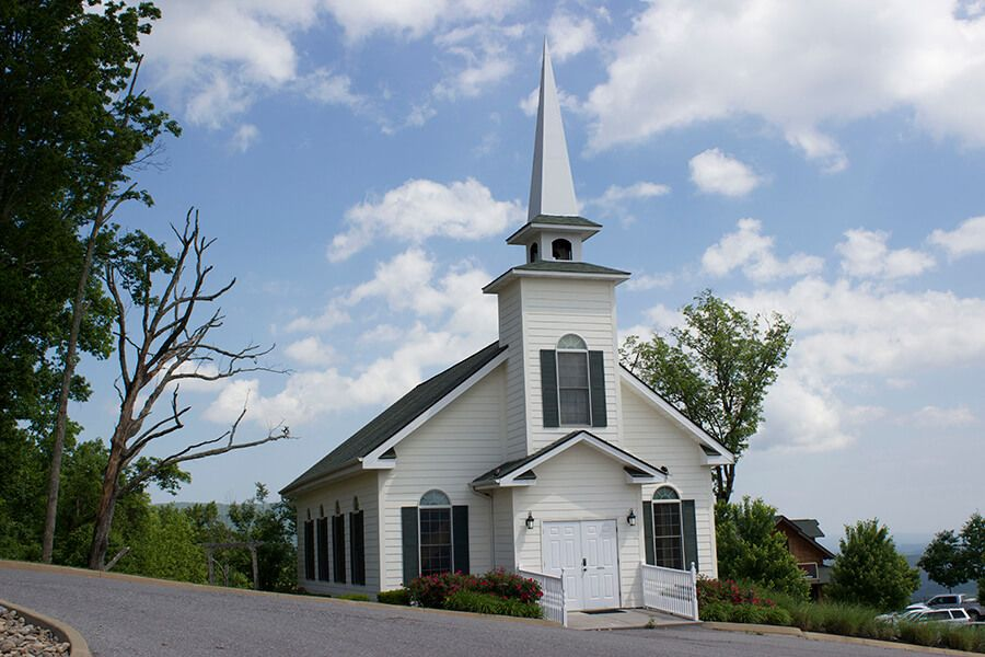 The Chapel At The Preserve By Hearthside Pigeon Forge Tn Smoky Mountain Wedding Smoky Mountains Mountain Wedding