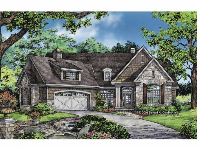 Craftsman Style House Plan 4 Beds 3 Baths 2634 Sq Ft Plan 929 827 Craftsman Style House Plans Craftsman House Craftsman House Plans