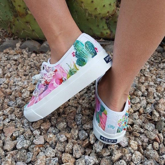 Pin de Andy M en TENIS | Zapatos, Ropa y Ropa tumblr