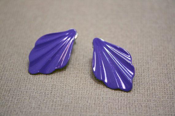 Vintage Purple Seashell Le Fleur Earrings on Etsy, $2.00