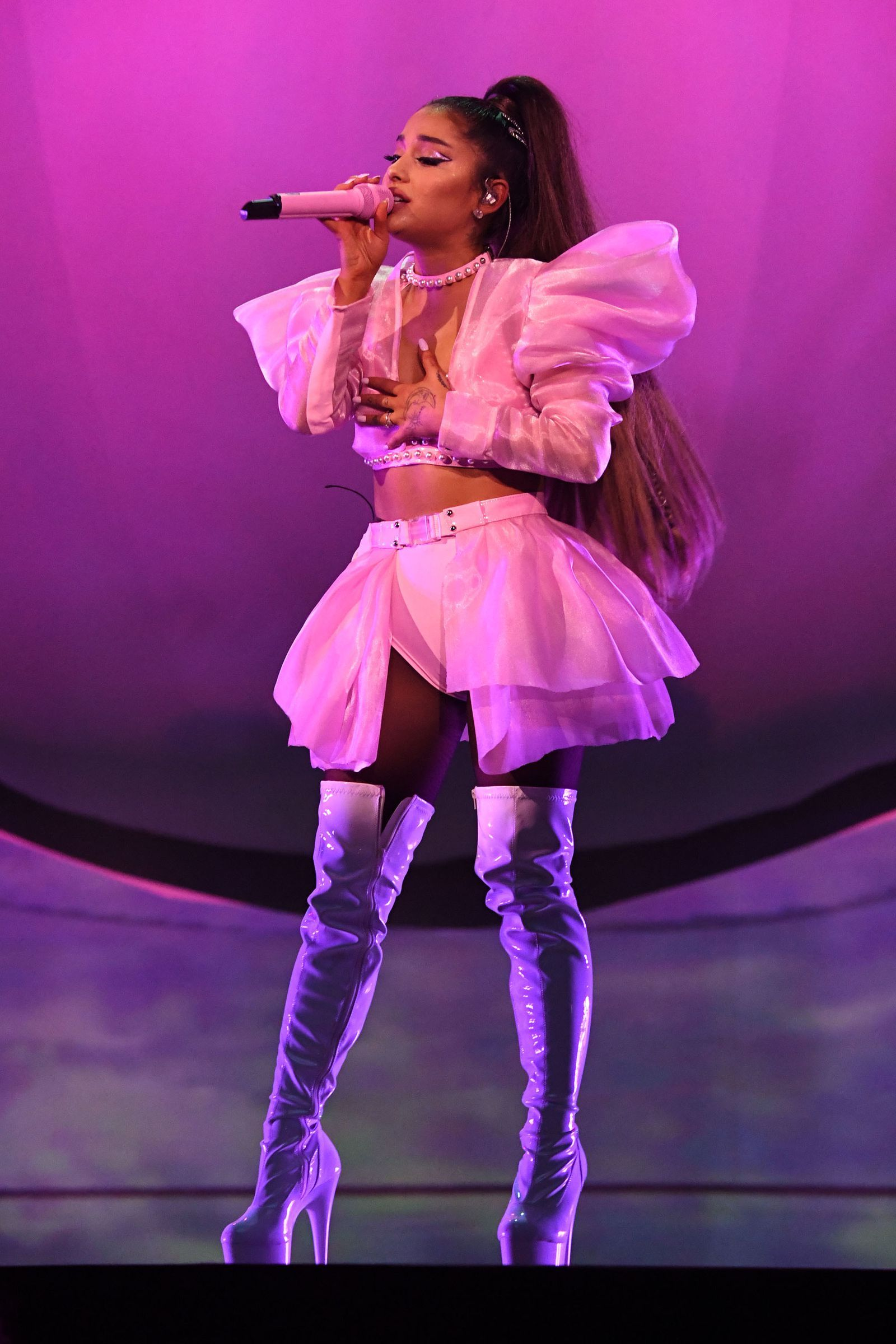 Ariana Grande's First 'Sweetener' Concert: 7 Costume Changes, Wild Choreography, and a Mac Miller Tribute #arianagrande