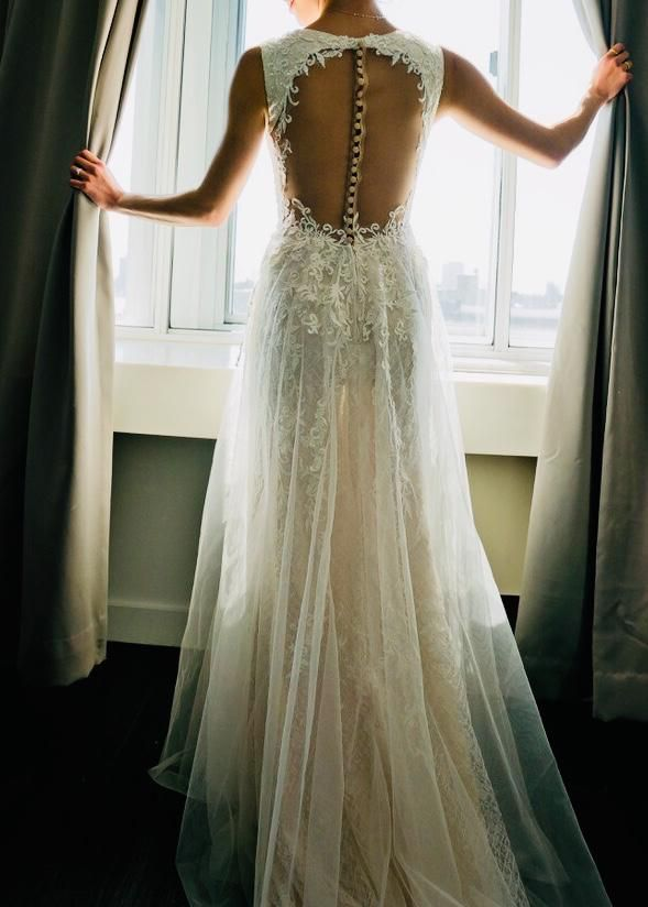 c7bf313e3ab Galina Signature  SWG722  size 0 used wedding dress - Nearly Newlywed