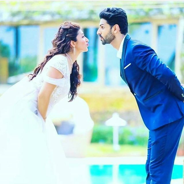 "Indian TV Actors Divyanka Tripathi & Vivek Dahiya's pre-wedding pics ""are giving us all new #Relationship goals."" via @topupyourtrip"