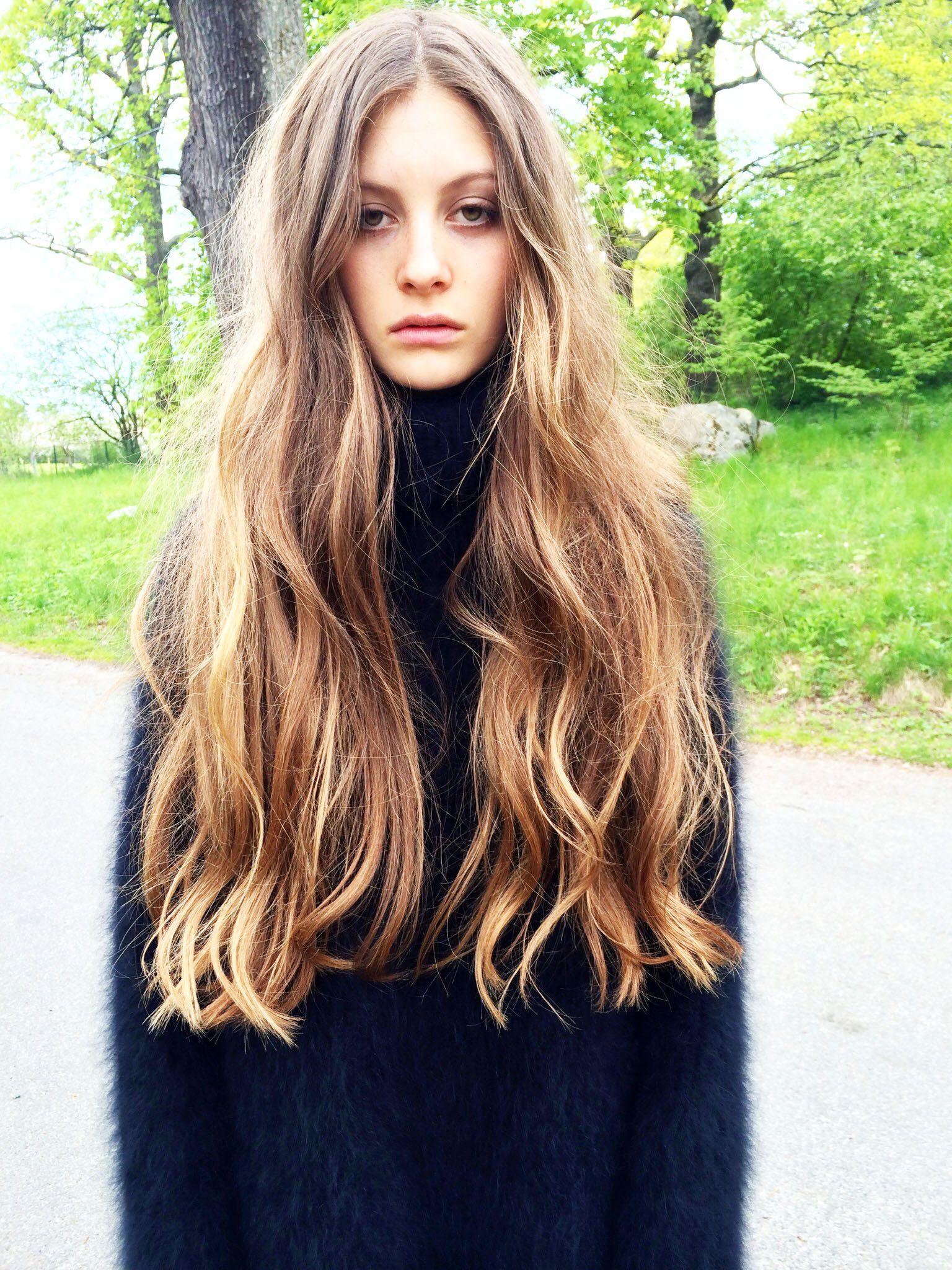 Long messy hair, Bohemian hairstyle, Bohemian Hair | Messy ...