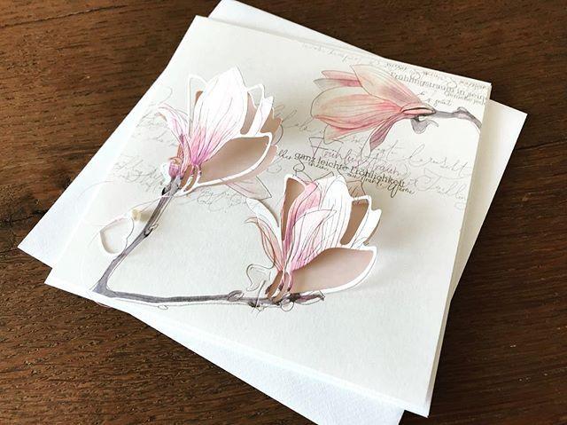 """Photo of @kunst_hand_werk on Instagram: """"Magnolias … Spring … I'm looking forward to it 🌸. . . [Werbung wegen Markennennung]. #alexandrarenke #magnolien # spring # cardmaking… """""""