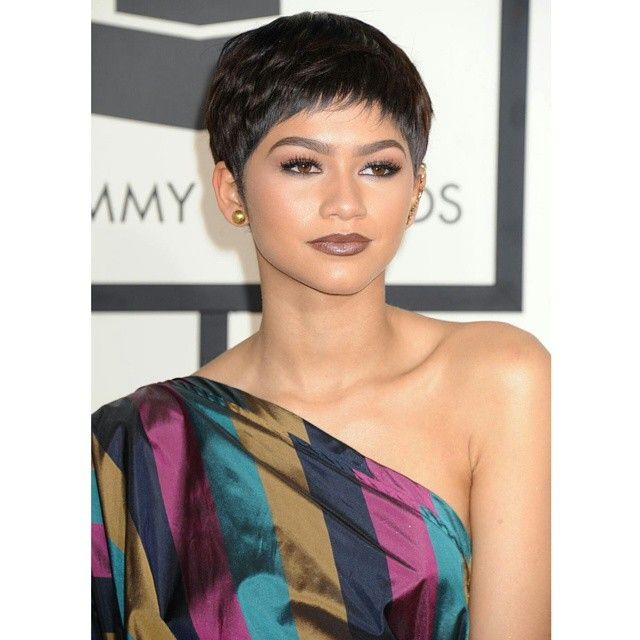 """- NEW PHOTO - Zendaya at the 57th Annual GRAMMY Awards in LA :) - February 8th, 2015 - - @Zendaya 