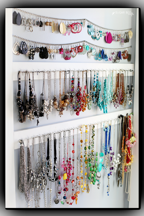10 Handy DIY Jewelry Organizer Ideas Diy jewelry organizer Simple