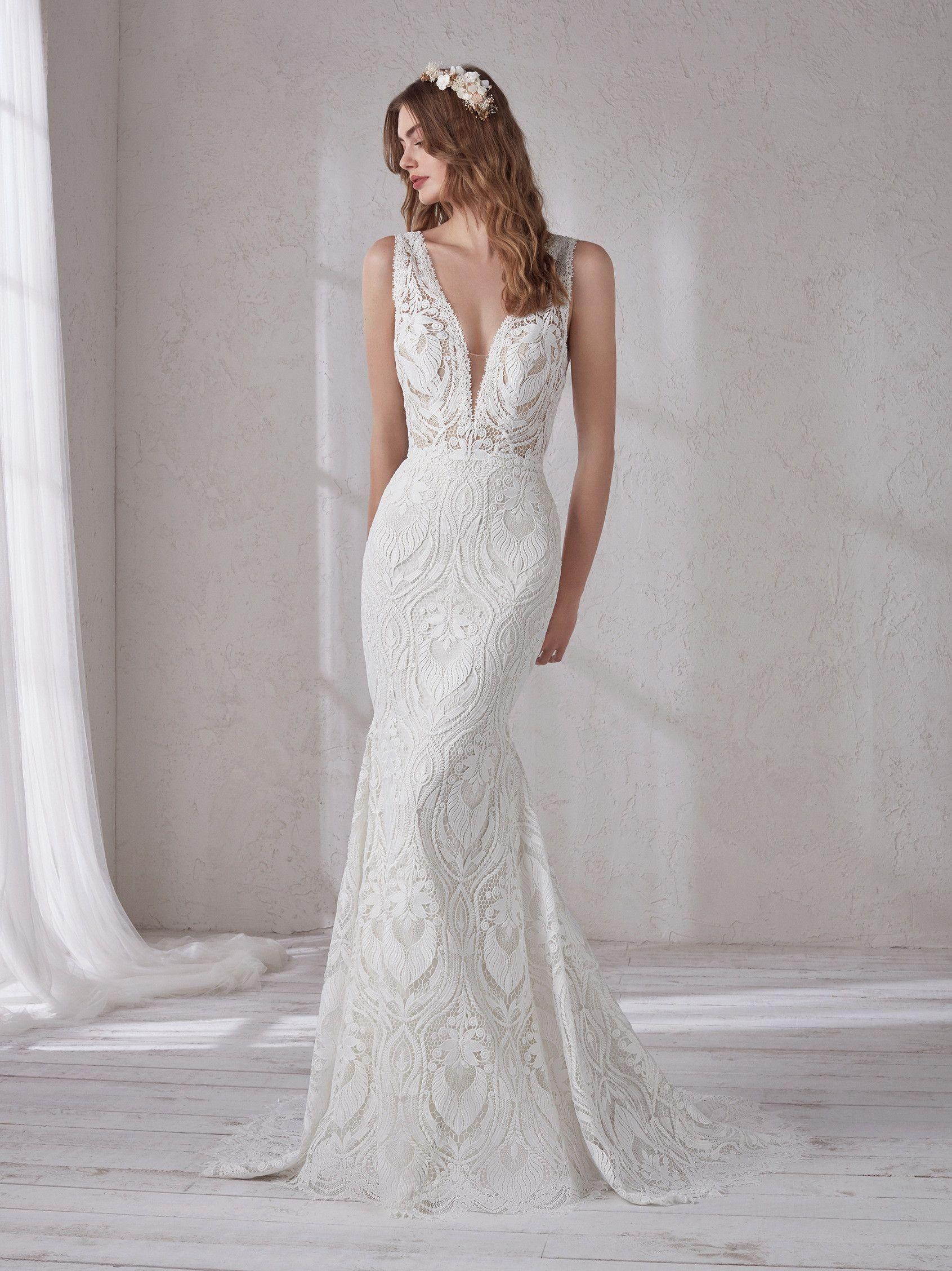 5bd77e8240 Magnolia 2019 Pronovias – menyasszonyi ruha bérlés   Wedding ...