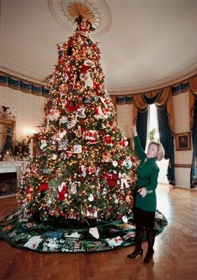 Christmas At The White House Past And Present White House Christmas Decorations White House Christmas Ornament White House Christmas