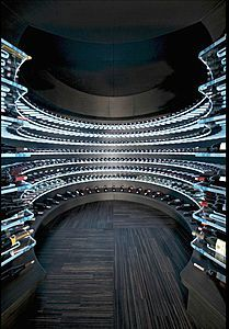 La cave à vin moderne | Wine cellar design, Home wine ...