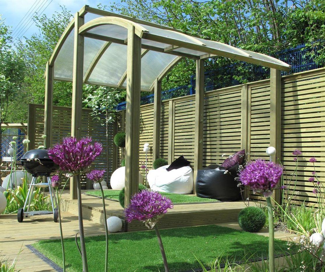 Amusing Garden Fence Ideas