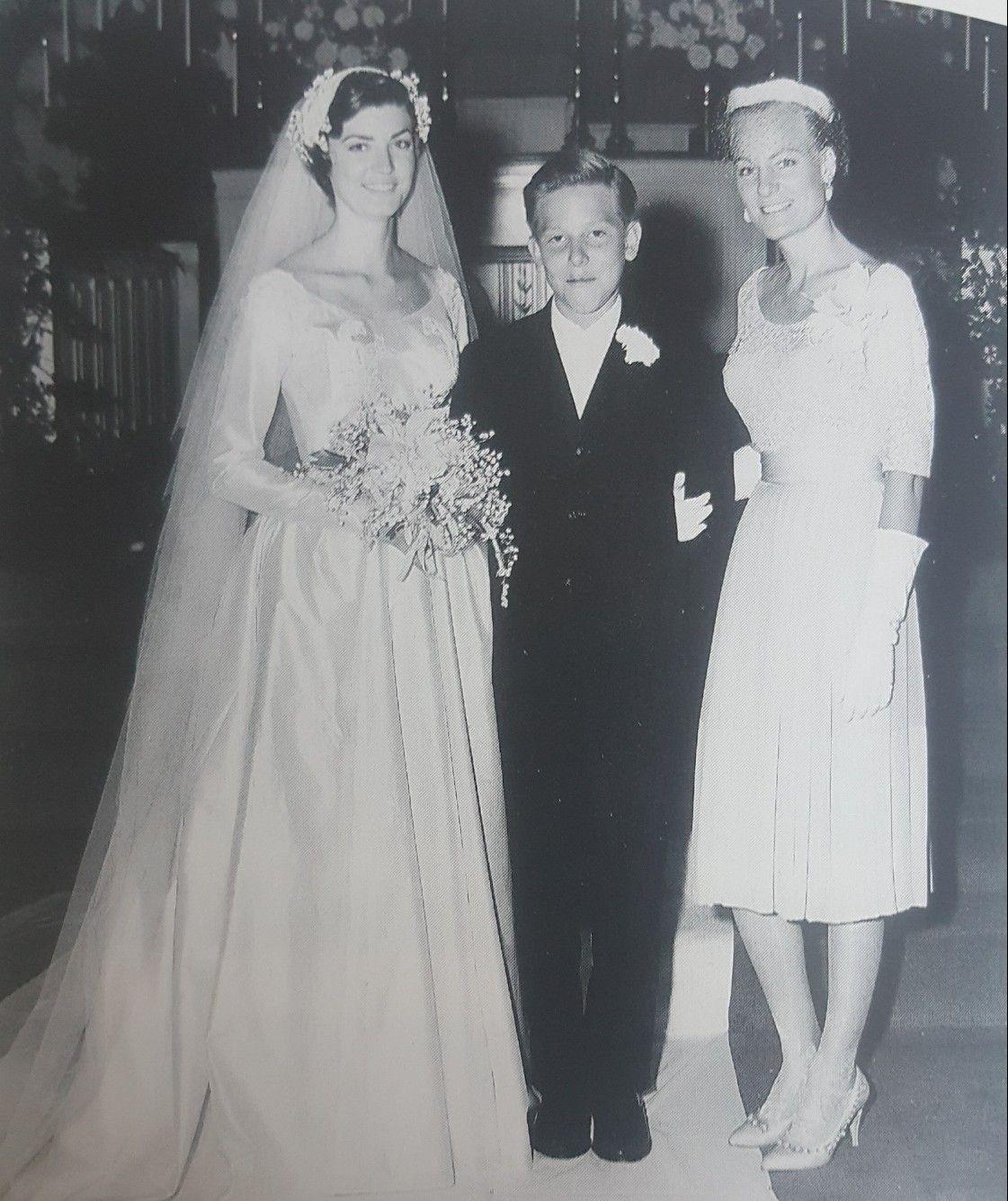 lycrecia hank jr and audrey at lycrecias wedding in 1960