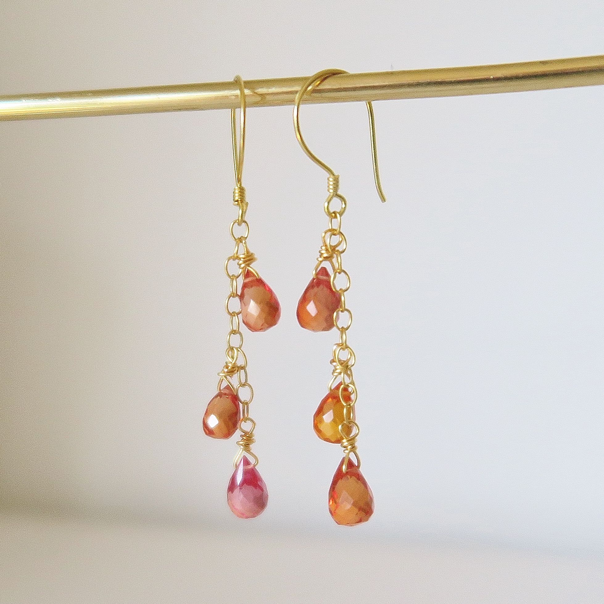 earrings white padparadscha hold pin sapphire