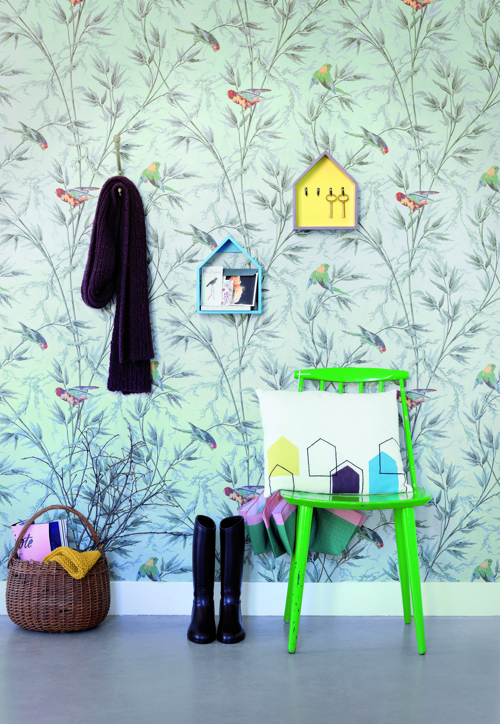 Marion Alberge gorgeous wallpaper and feature accents here! marion alberge