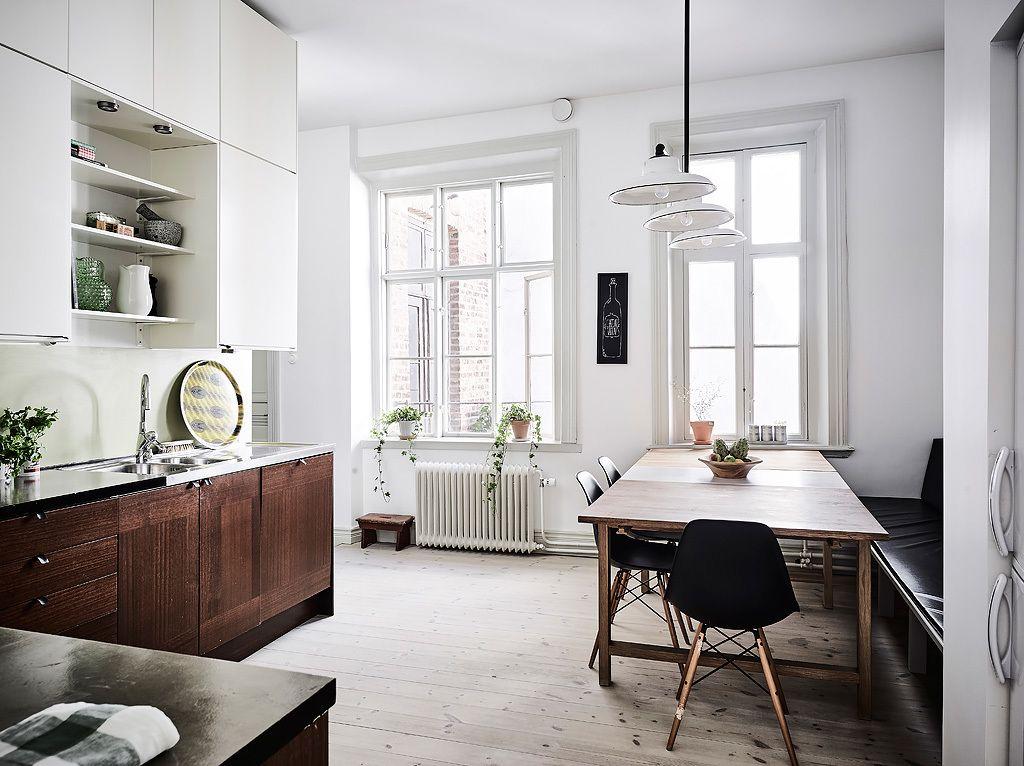 Scandinavian Apartment With Vintage Items Gravityhomeblog