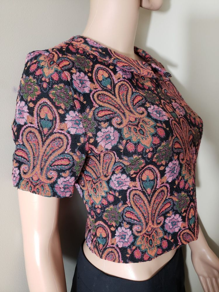 697eb947addae Pre-owned Fashion Union Collar Multi-color Cropped Top w Back Zipper Size