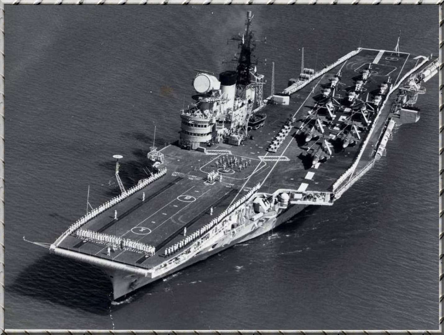 HMS Victorious 1950\'s Victorious was reconstructed with an angled ...