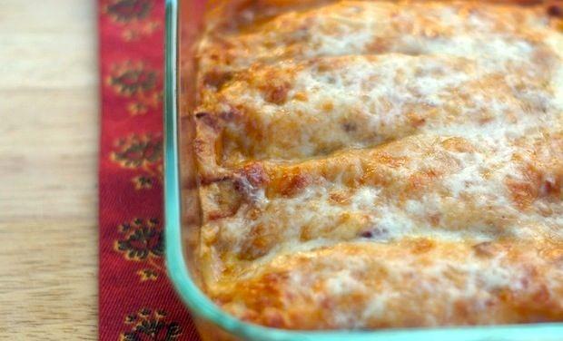 Lighter Chicken Chipotle Enchiladas from the Fearless Homemaker!
