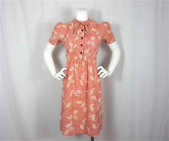 vintage cotton summer dress. love the pin tucks down the bodice!