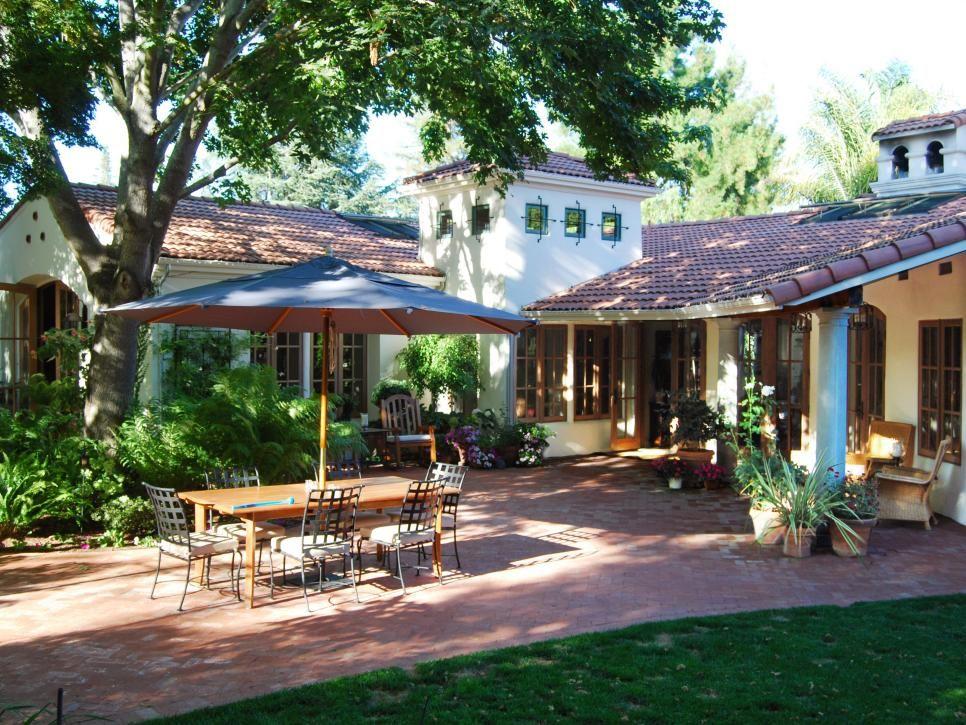 10 Spanish Inspired Outdoor Spaces Spanish Style Homes Hacienda