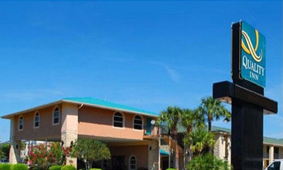 Quality Inn Orlando Airport Fl 32809 Upto 25 Discount Packages