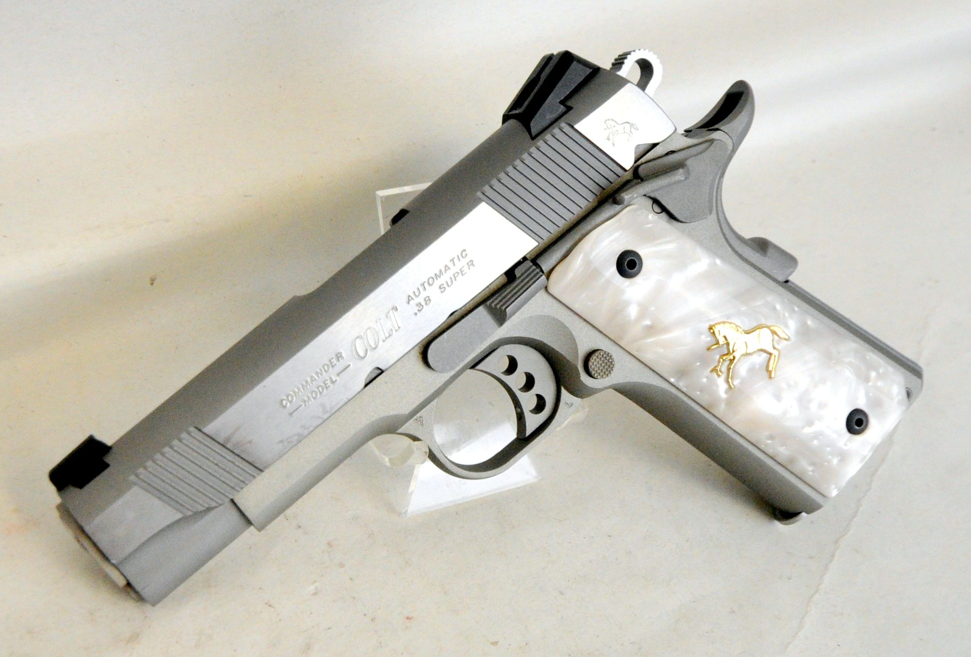 Colt Lightweight Commander O4540XSE .38 Super. The Colt XSE ...