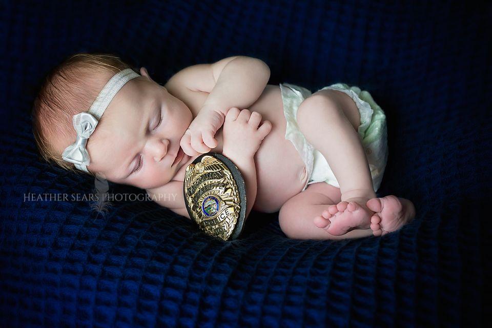 Heather sears photography www facebook com heathersearsphotography www heathersearsphotography com newborn babygirl baby headband girl policeofficer