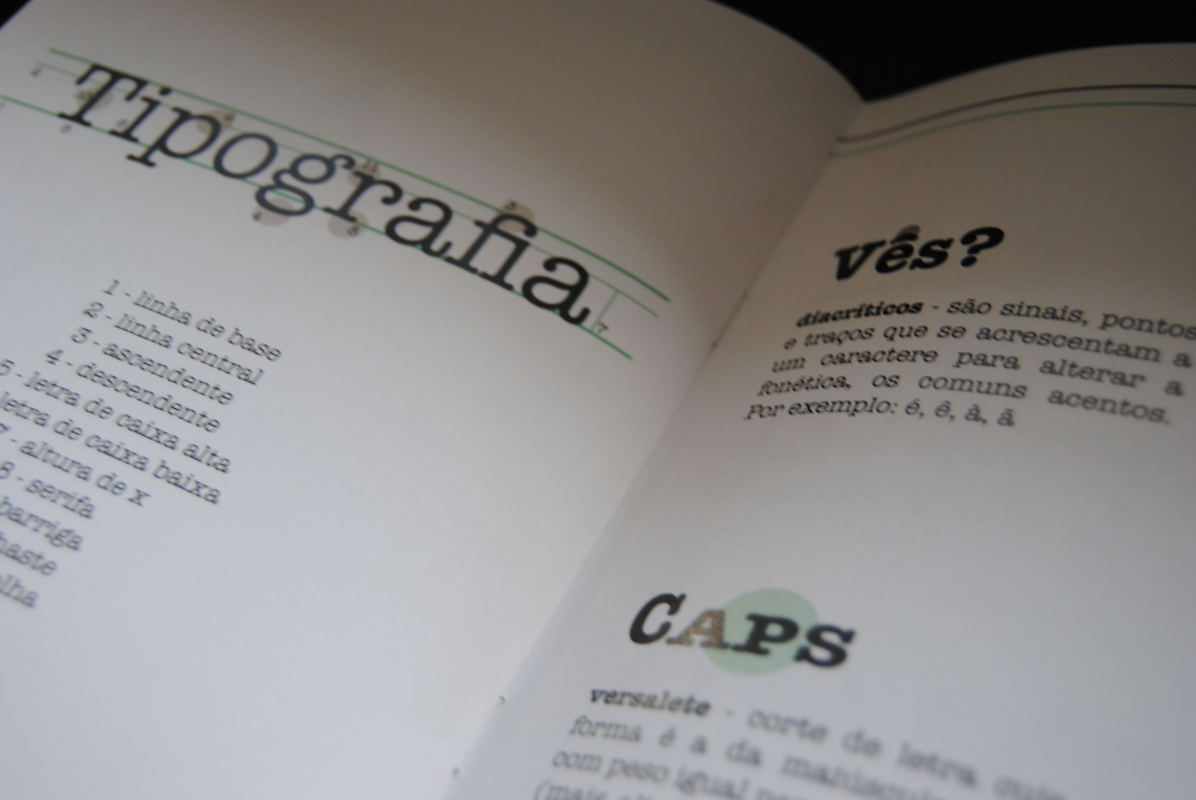 American Typewriter :: brochura demonstrativa da fonte