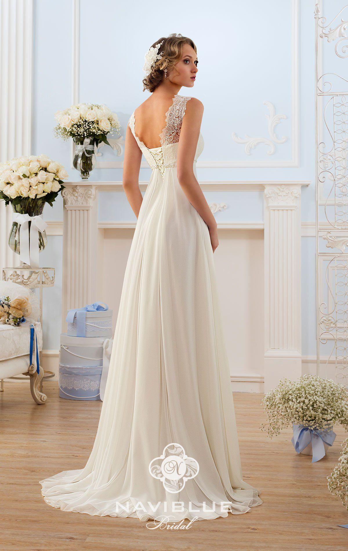Brautkleid Oldenburg www.lavie-brautmode.de  Hochzeitskleid lang