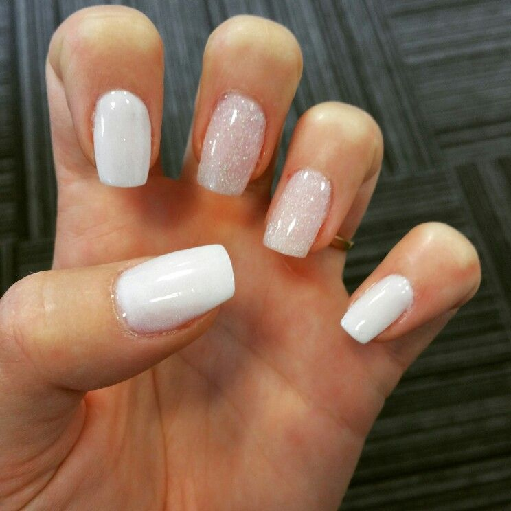 Sns Manicure White And Glitter Love This Sns Nails Colors White Sparkle Nails Nexgen Nails