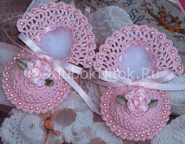 Пинетки розовые | Вязание для девочек | Вязание спицами и ...