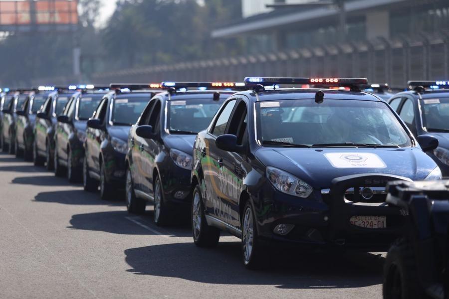 Gobierno de CDMX entrega vehículos y equipo para protección ciudadana en las 16 delegaciones