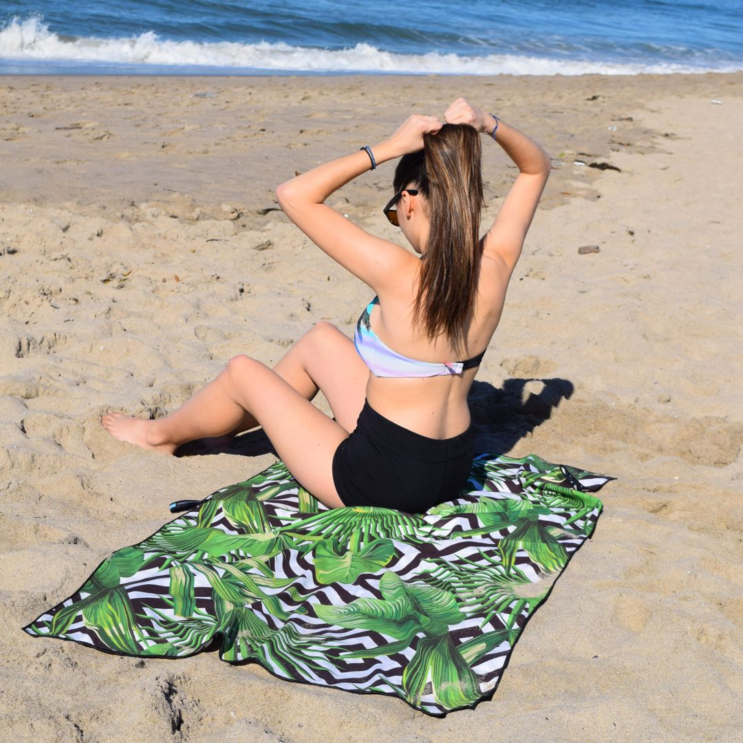 We're also adjusting our hair and getting ready to do some serious beaching while we still can 💪🏄♂️  #ECCOSOPHY #ECCOSOPHYTowel #beachtowel #quickdry #sandfree #travel #travelgear #travellightwithus #instock #backinstock #pooltime #beachday #workingout #showertime #microfiber