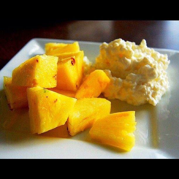 Before Bed Snack For Morning Energy Cottage Cheese And Pineapple