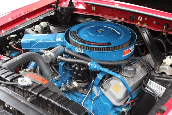 FORD 428 COBRA JET: The engine was rated at 335 horsepower