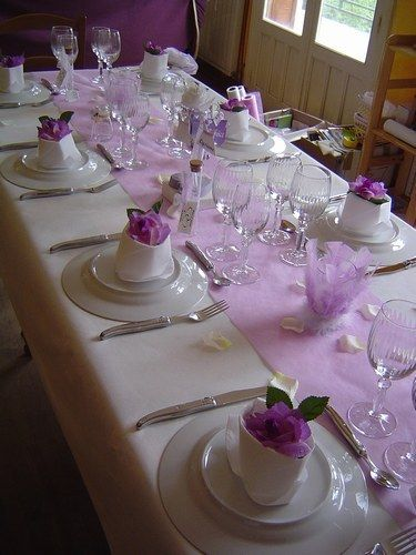 id es de d coration de table table dressing pinterest communion mariage and mauve. Black Bedroom Furniture Sets. Home Design Ideas
