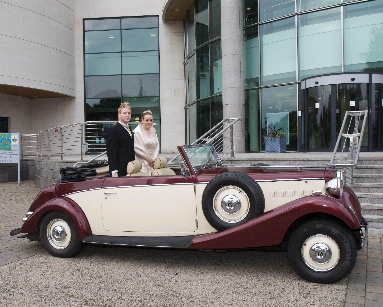 Lagan Valley Island Wedding Car Belfast Wedding